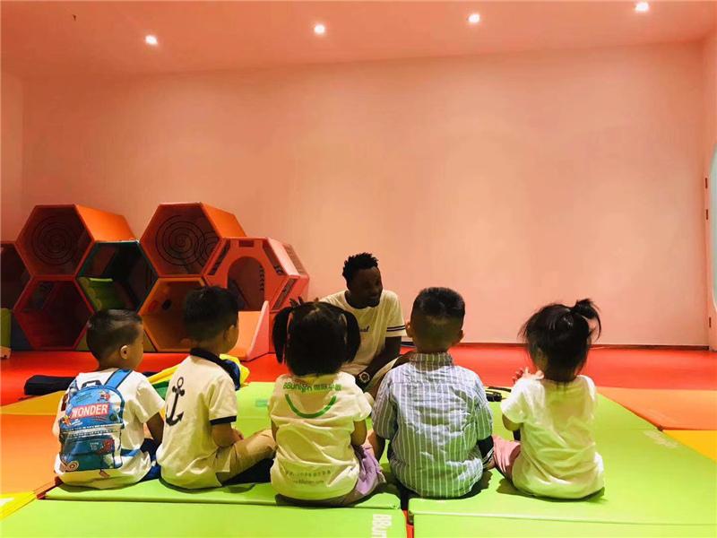 早期教育加盟投资前需要注意的事项