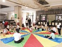 开社区早教中心有前景吗,和商圈的早教中心相比有什么优劣势?