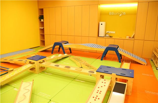 早教中心的大运动训练教具